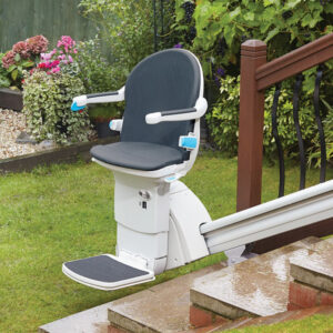 1000-outdoor-stair-lift-handicare